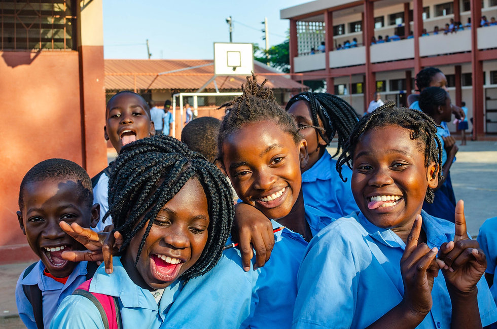 Alunos_Students_Maputo_Etter_DSC4350.jpg