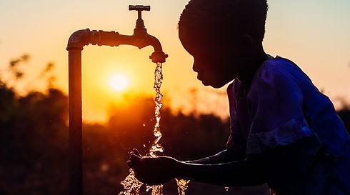 141114_Sambia_2_Wasser_World-Vision-Schw