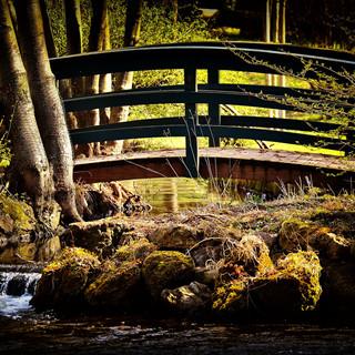 bridge-3652809_1920.jpg
