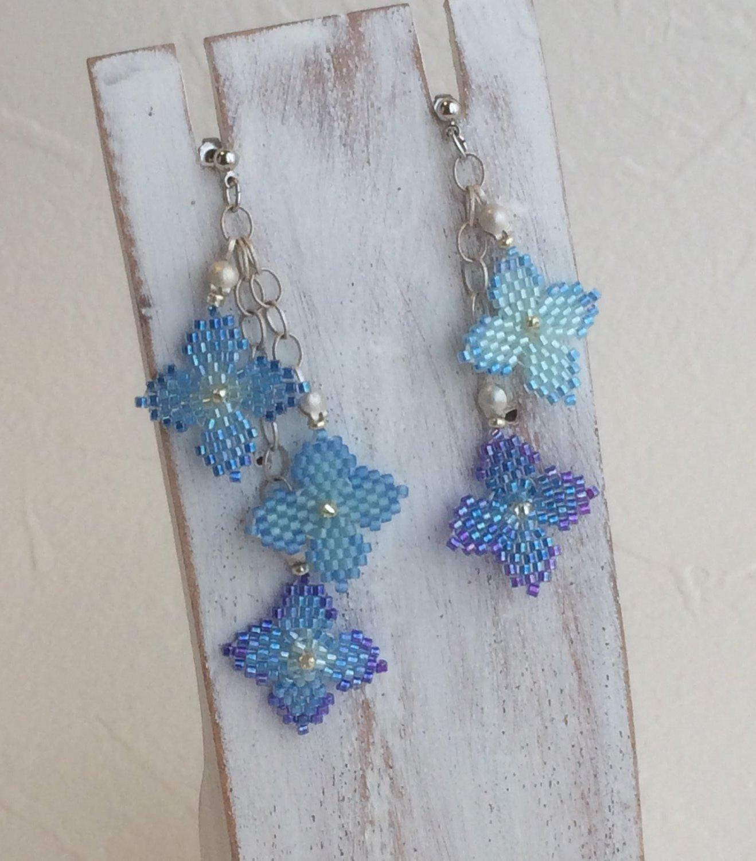 紫陽花のピアス ブルー
