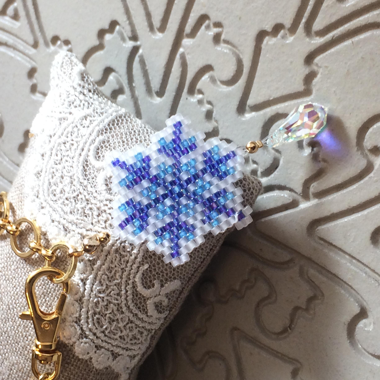 雪の結晶バッグチャーム