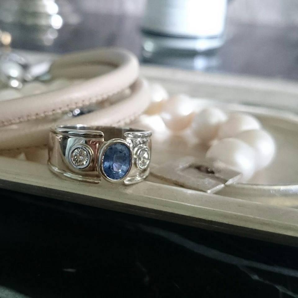 Ceylon Sapphire & Diamond