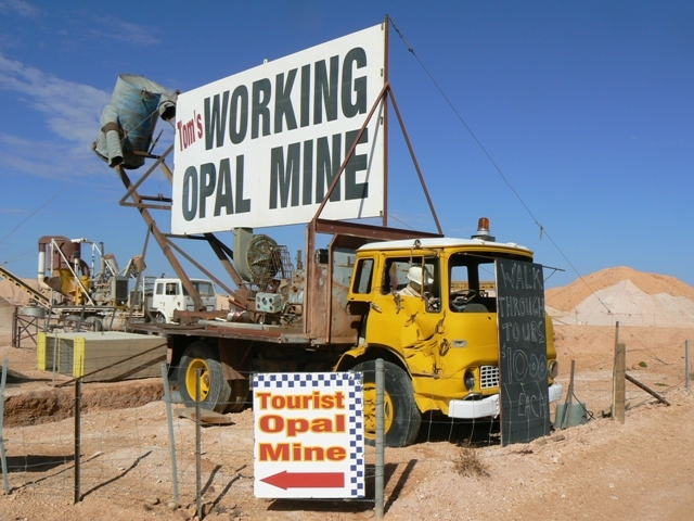 Toms Working Opal Mine