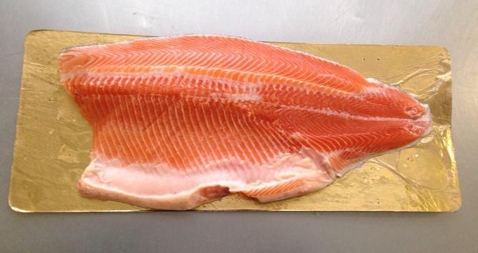 Пласт свежий рыба 3+