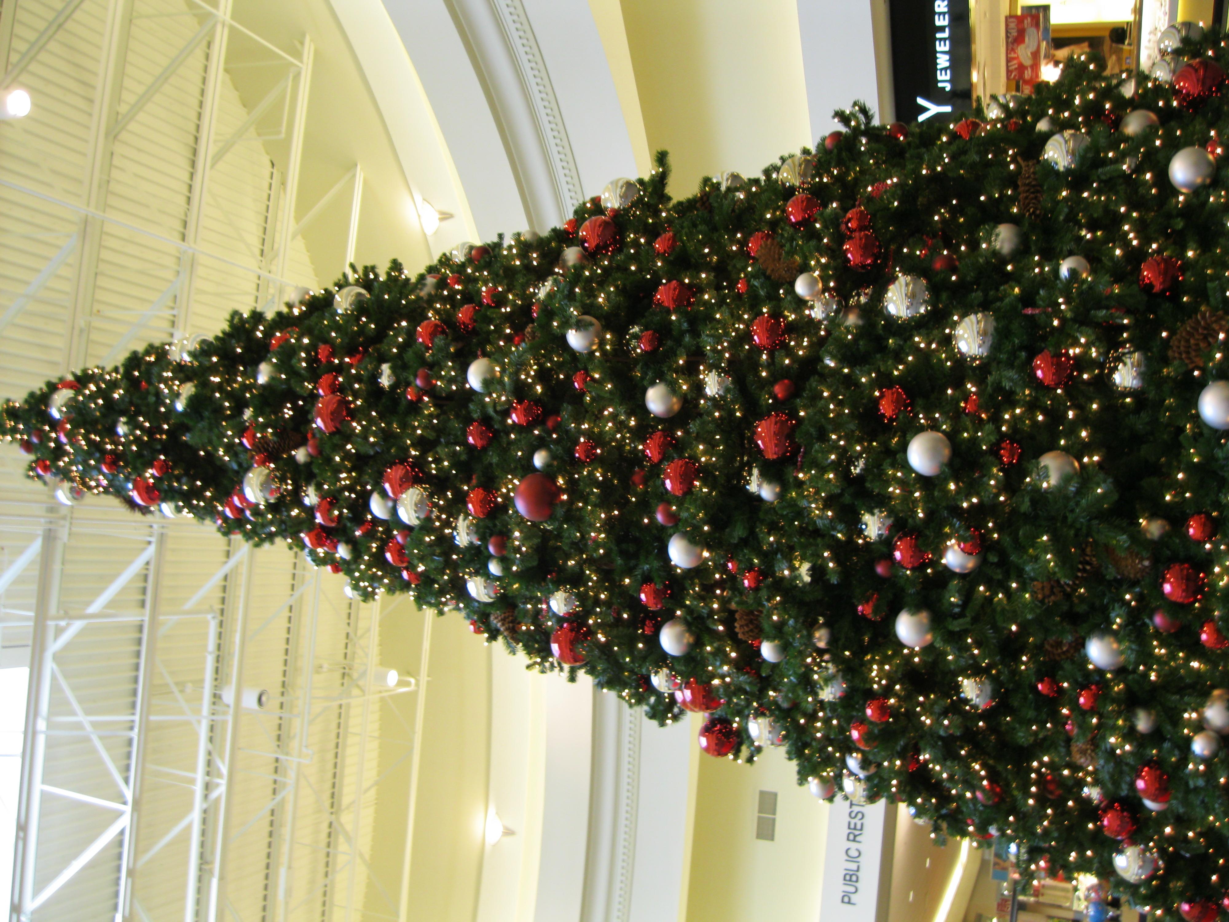 OVMall Christmas tree
