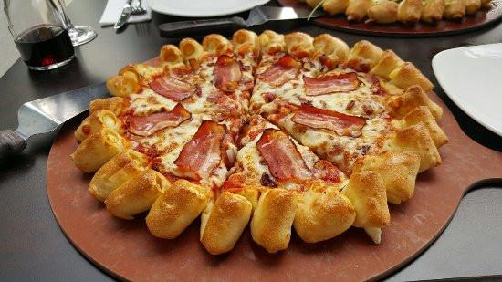 Pizza Hut Bridgeport