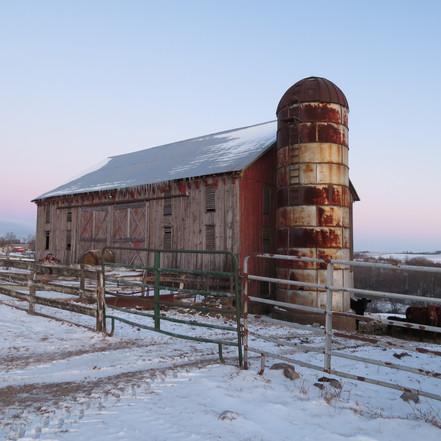 John and Leann Howell barn, built 1881, Flushing, OH