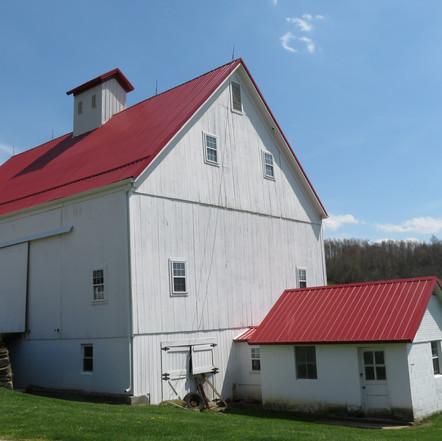 John and Kimberly Gossett barn, built 1890, Bannock, OH
