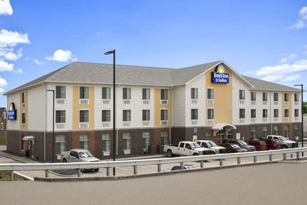 Days Inn & Suites by Wyndam Belmont