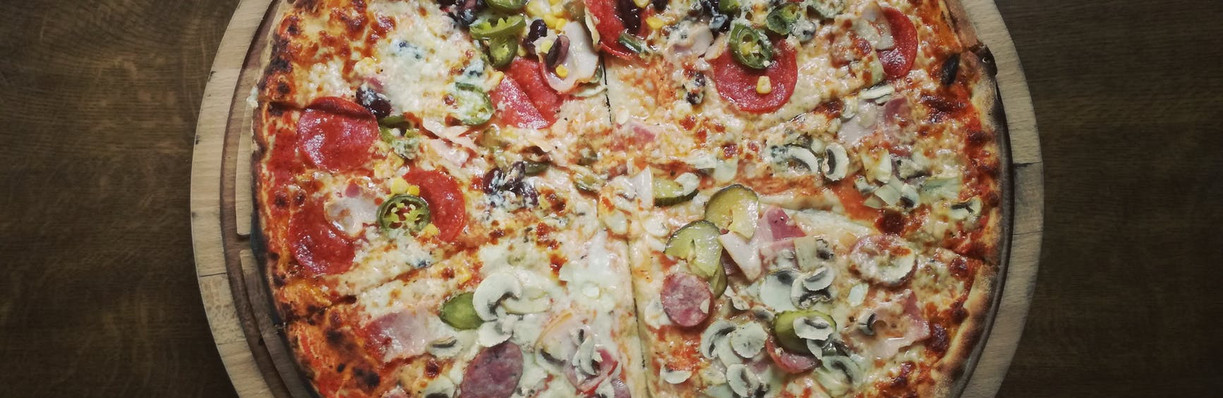 D & J's Pizza Parlor