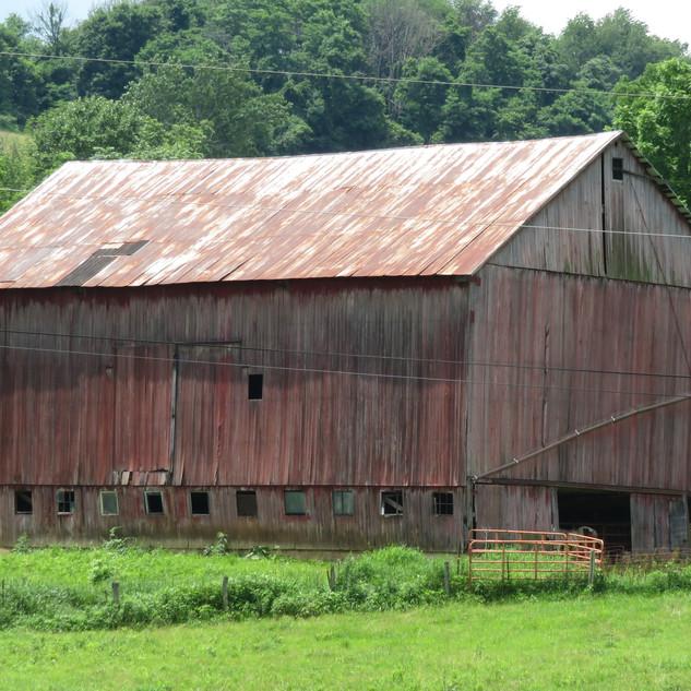 James E. Kaiser barn, built 1847, Barnesville, OH