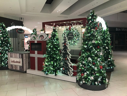 Christmas decor installation for malls