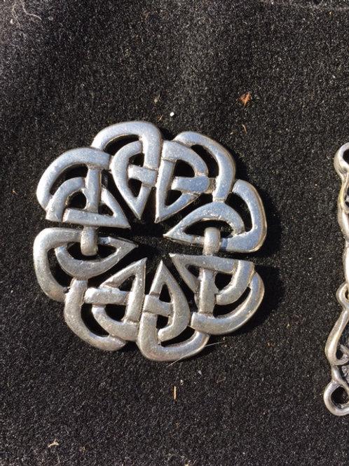 Celtic Knot Cloak Clasp