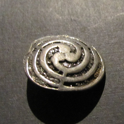 Labrynth Spiral Button