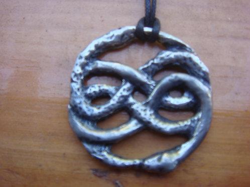 Auryn Pendant