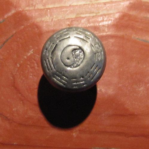 Yin-Yang Knob