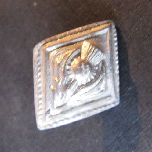 Diamond Thistle Button