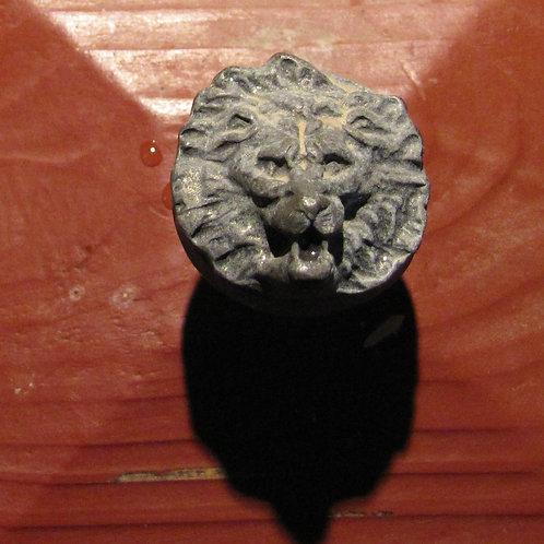 Lion Knob