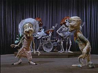 Phyllis Diller rocks it in Mad Monster Party - Interview at thedigitalcinema.info