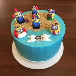 Dairy free minion cake! #minions #custom #cake #happy #birthday #dairyfree #goldiesgoodiesbakery #ta