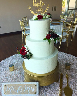 Loving the rich colors and fresh floral design! Congratulations Rosalie and Jay! #goldiesgoodiesbake