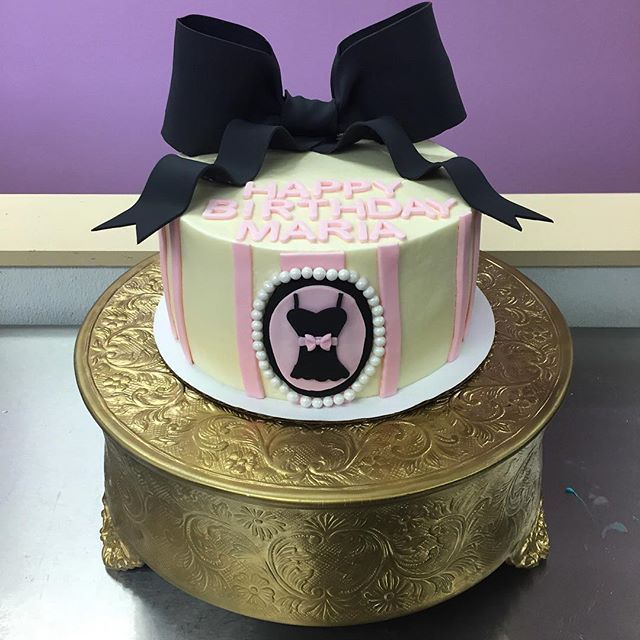 Girly birthday cake! #goldiesgoodiesbakery #bakery #tampa #custom #birthday #cake #bow #dress #lbd #