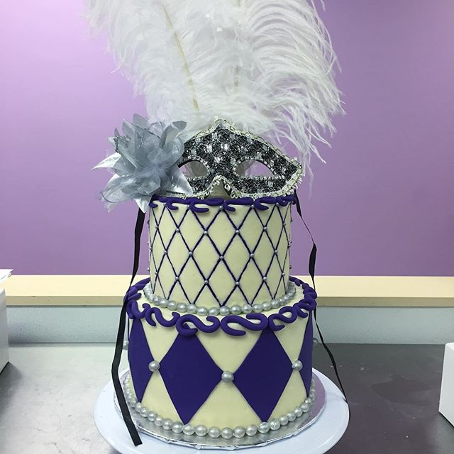 Purple and silver masquerade cake! #goldiesgoodiesbakery #tampa #bakery #custom #birthday #cake #mas