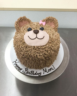Cute and delicious! #goldiesgoodiesbakery #teddybear #cute #custom #birthday #cake #bakery #tampa