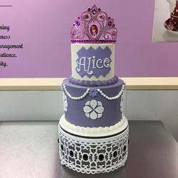 Princess Alice's cake! #goldiesgoodiesbakery #princess #sofiathefirst #buttercream #cakesofinstagram