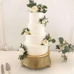 I love Wednesdays✨ another beautiful cak