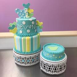 Mickey Mouse first birthday cake and smash cake! #goldiesgoodiesbakery #cake #firstbirthday #mickeym
