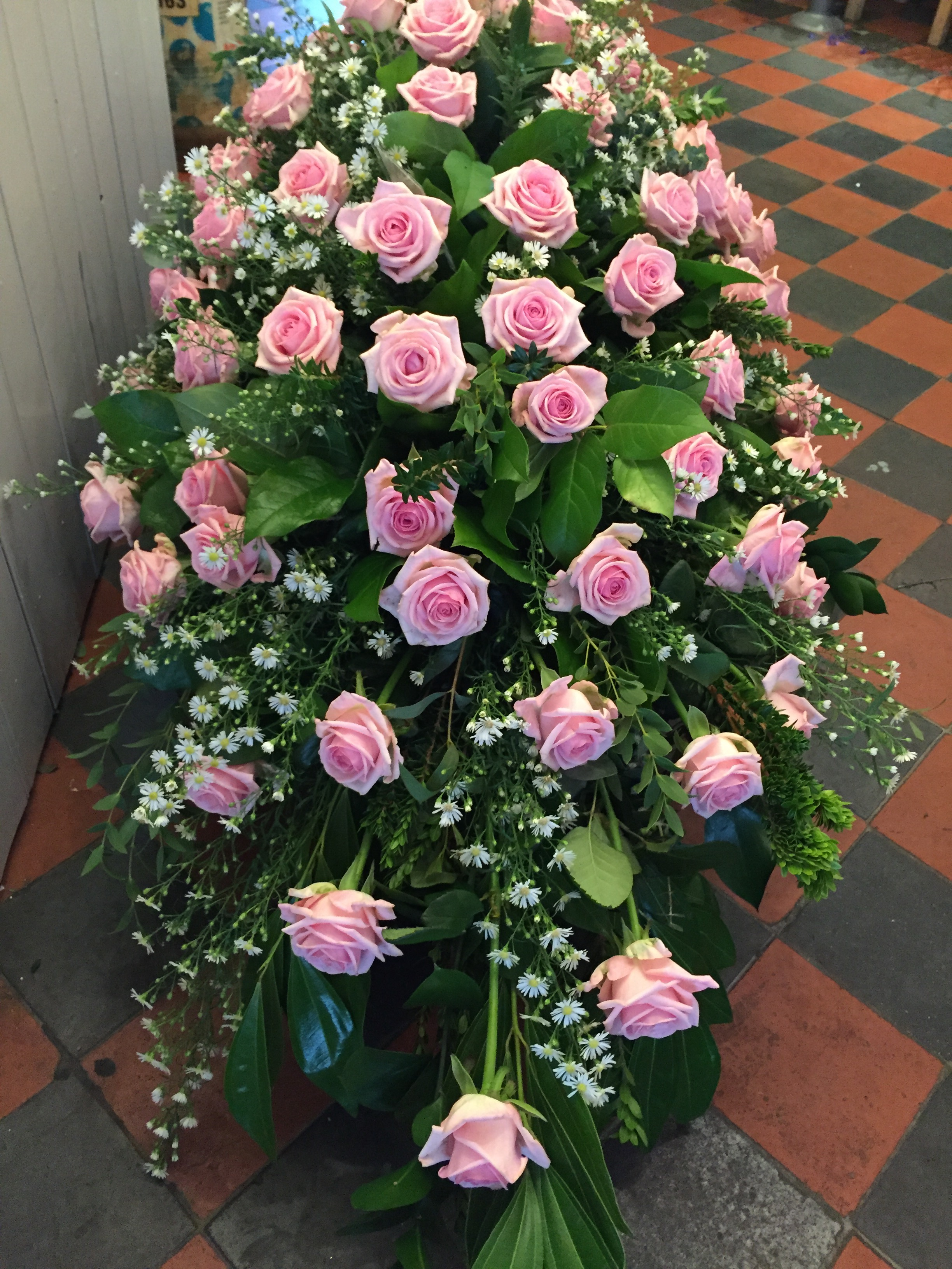 Funeral flowers   cheap flowers