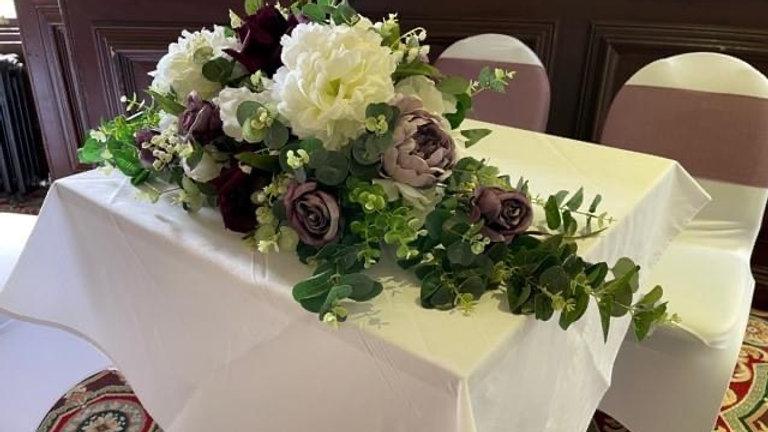 Top Table Artificial arrangement
