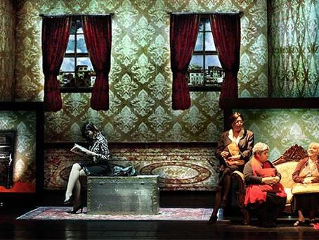 """Oyuncumuz Serra Yılmaz'ın başrollerinde yer aldığı, Elif Şafak'ın """"Baba ve Piç"""" romanından uyarlanan"""