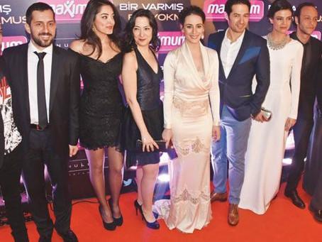 Oyuncumuz Derya Durmaz'ın oyuncuları arasında yer aldığı İlksen Başarır ve Mert Fırat'ın yeni filmle