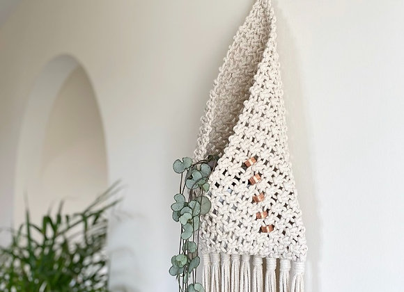 Hanging Macrame Pouch