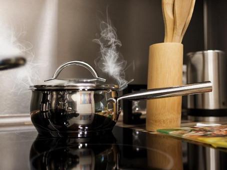 Come cuocere gli alimenti: metodi di cottura e i loro effetti sul cibo