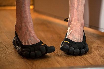Crankey Feet_1 Black Toes_4.jpg