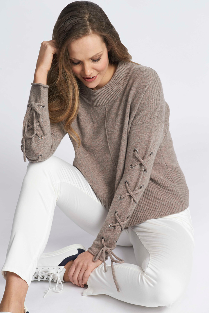 Seed Lace Up Pullover