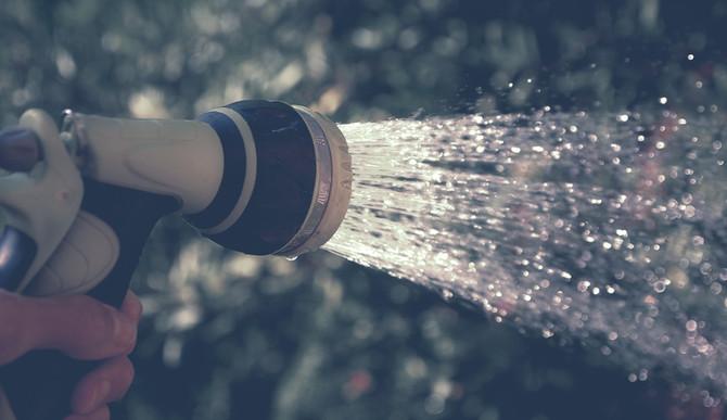 Como economizar água no seu condomínio?