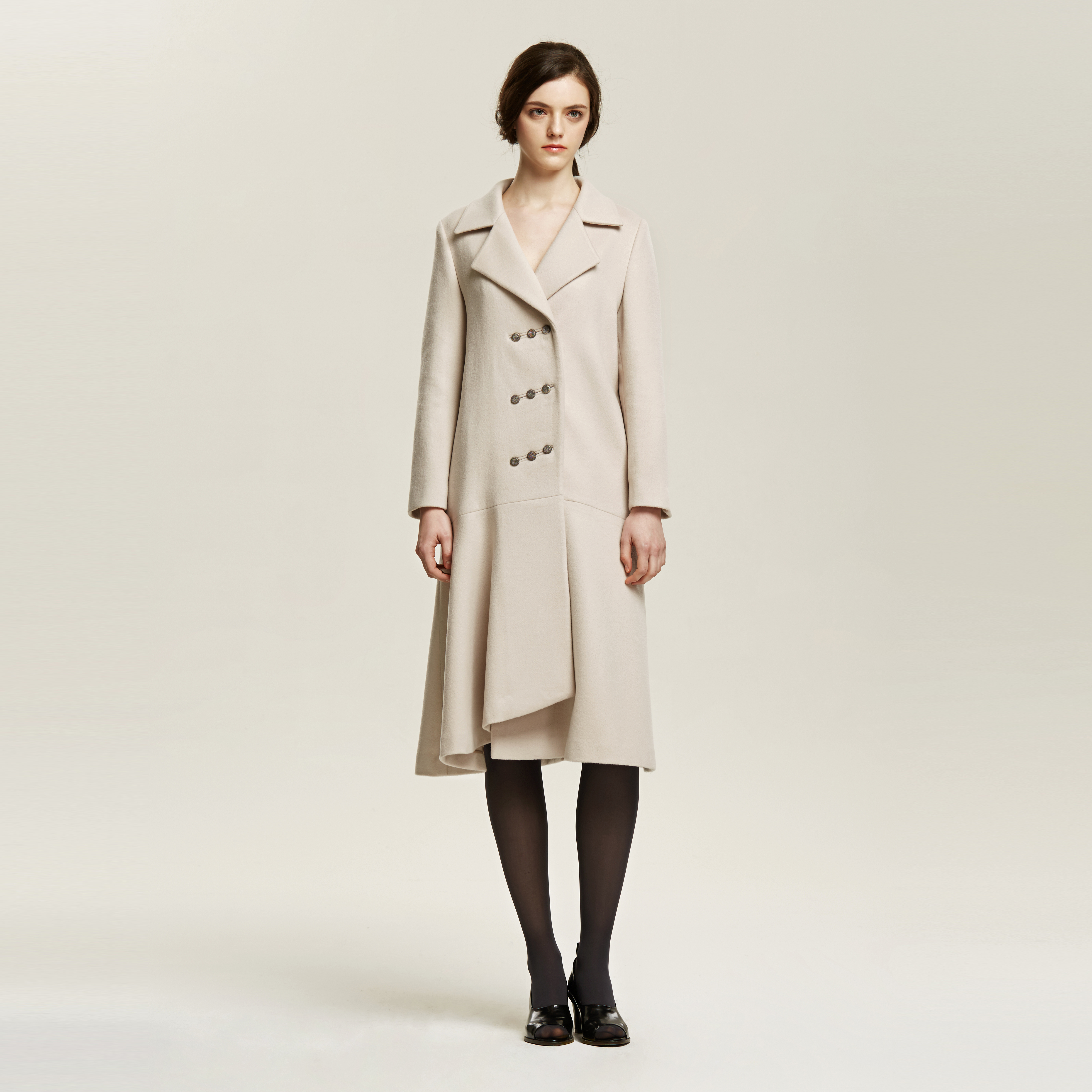 Diagonal Triple Button Coat 019