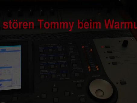 Disturbing Tommy at his warmup...