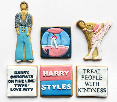 Custom decorated sugar cookies of Harry Styles for MTV