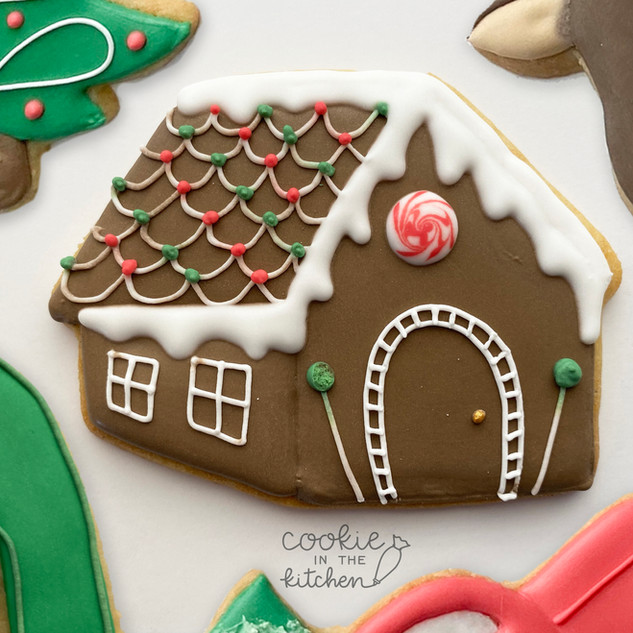 gingerbread house.MOV