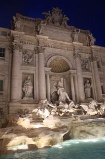 Trevi Fountain, Ro