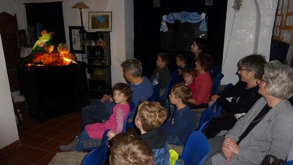 23.12.18 Besucher Weihnachtsfrosch.JPG