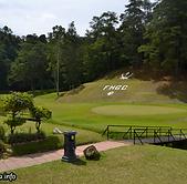 Royal Fraser Golf Glub.png