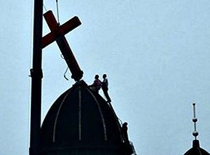 China-removes-church-crosses-AP-Photo-64