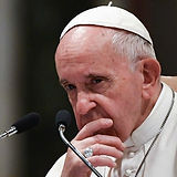 Pope-Francis-mouth-covered-getty-640x480