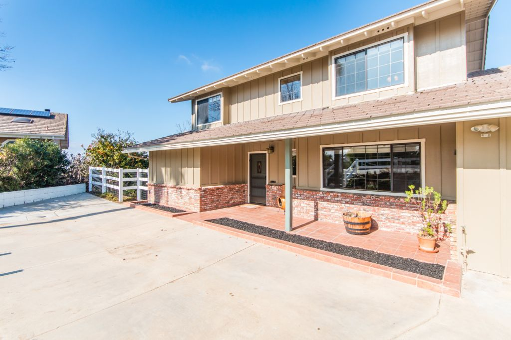 40899 Via Los Altos-ext-13